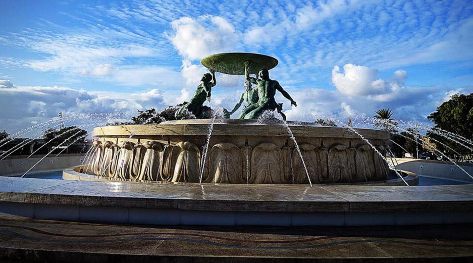 Valletta Sightseeing - Triton Fountain