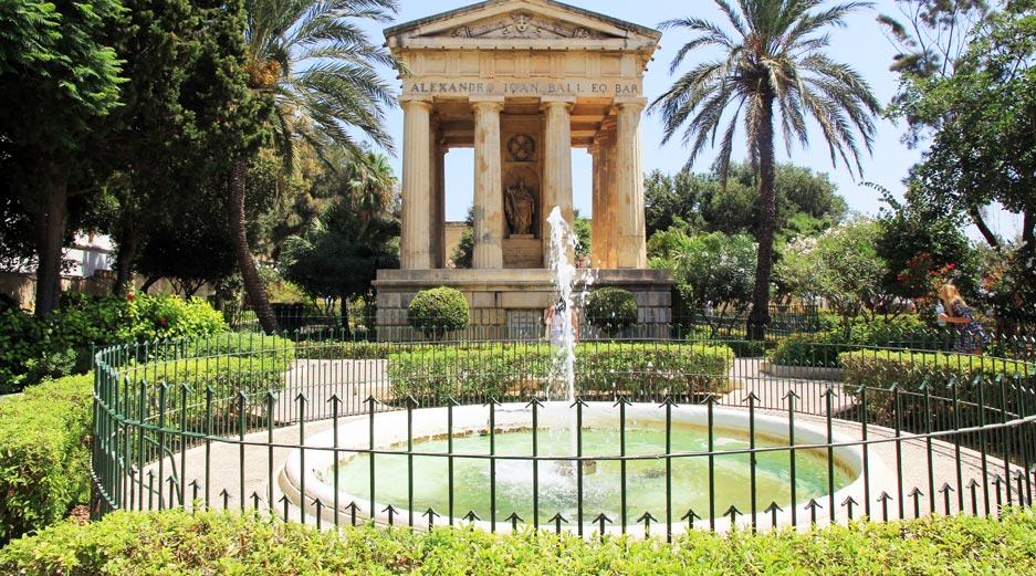 Valletta Sightseeing - Lower Barrakka Gardens